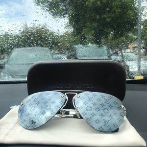 Louis Vuitton Grease Sunglasses